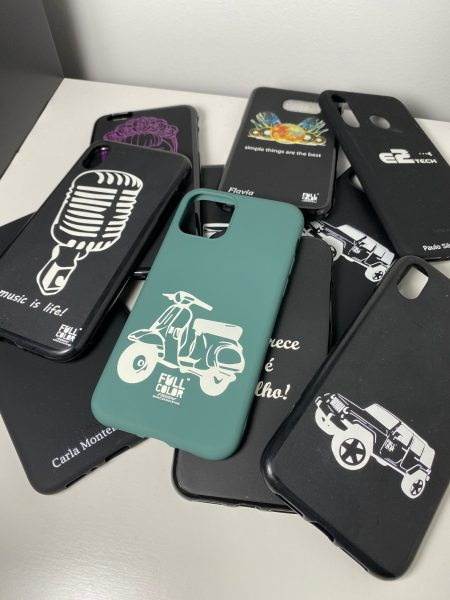 Varias capas de telemóvel personalizadas